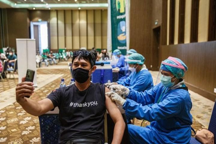 Endonezya'daki verilere göre Sinovac'ın ürettiği CoronoVac aşısı %94 oranında etkili