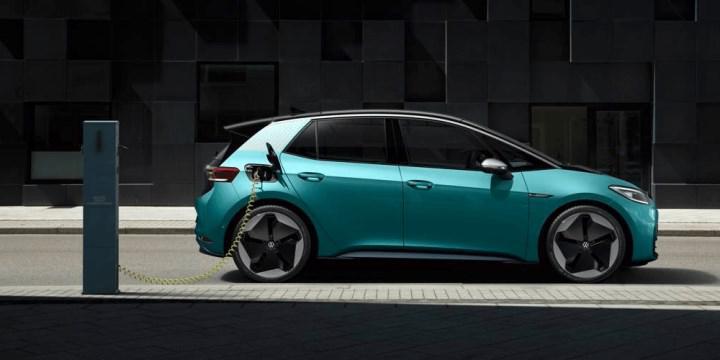 '2027 itibariyle elektrikli araçlar benzinli ve dizellerden daha ucuz olacak'
