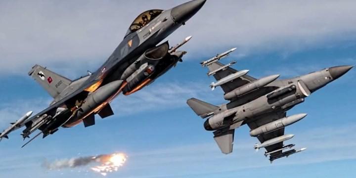 ABD, Hava Kuvvetleri filosundaki savaş uçağı çeşitliliğini azaltıyor: F-22, erken emekli olacak