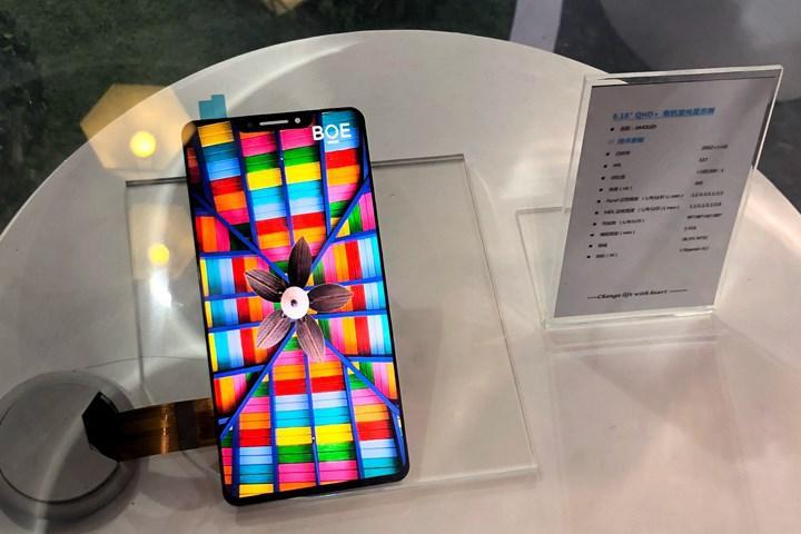 20 milyon iPhone 13'te Çinli BOE'nin OLED ekranı kullanılacak