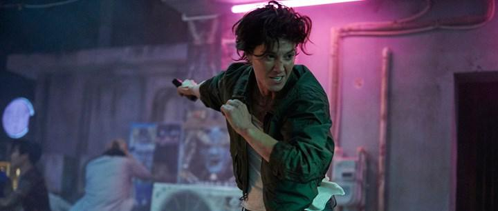 Netflix filmi Kate'den ilk görseller paylaşıldı