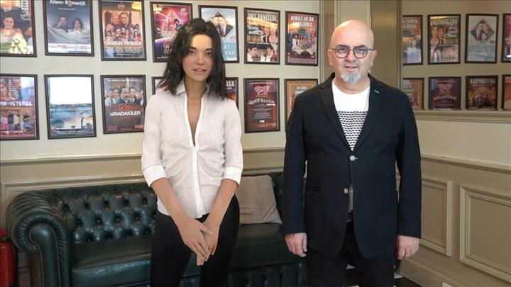 Aypera, ilk filmi için anlaşma imzaladı