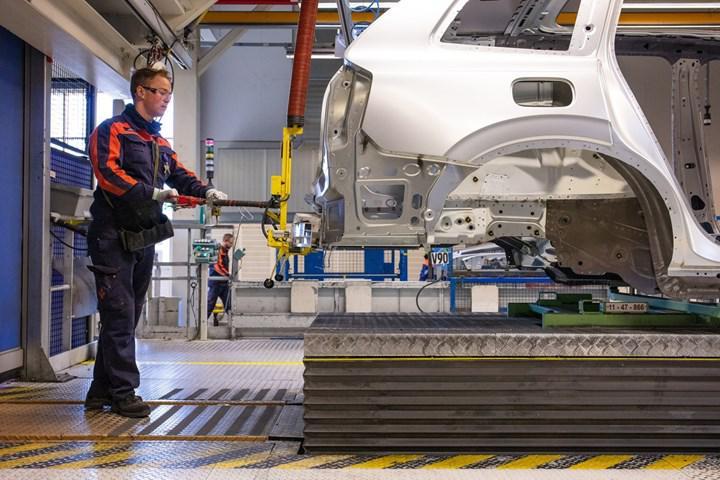 Volvo'dan bir ilk: Otomobil üretim tesisi tamamen iklim nötr oldu