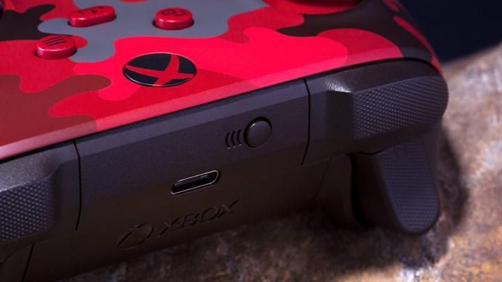 Xbox kontrolcüsünün yeni rengi Daystrike Camo siparişe açıldı