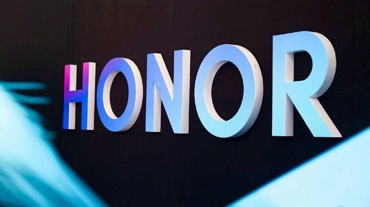 Honor, Android'i kullanma izni olmadığı yönündeki söylentileri yalanladı