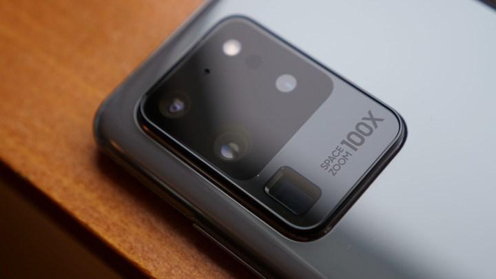 Samsung, Galaxy S21 modellerinde kamera sorunu
