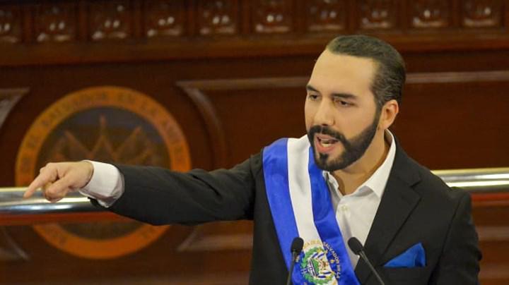 El Salvador ülkesi Bitcoin'i resmi ödeme aracı ola