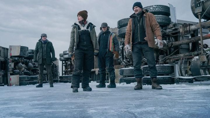 The Ice Road'dan yeni bir sahne paylaşıldı