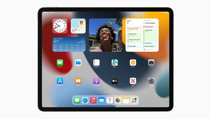 Apple, macOS 12 ve iOS 15'i yayınlandığında hemen kullanılamayacak özellikler