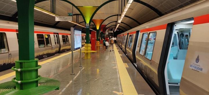 İstanbul metrolarında internet dönemi başlıyor