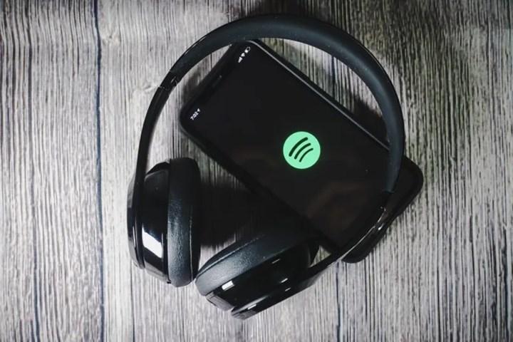 Spotify, podcast keşif platformu Podz'u satın altı