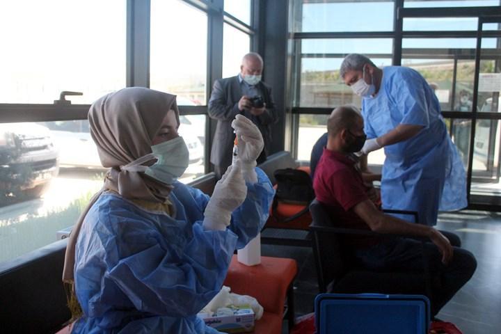 Ülkemizde son bir haftada 7.773.105 koronavirüs aşısı yapıldı