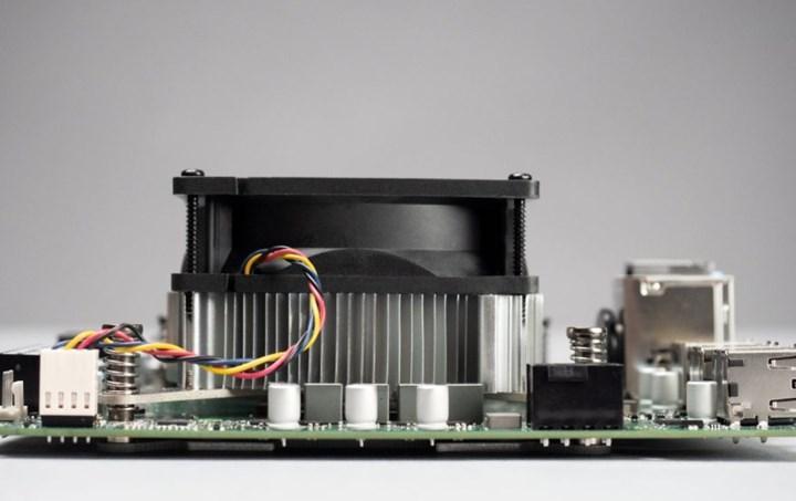 AMD 4700S geliştirici seti