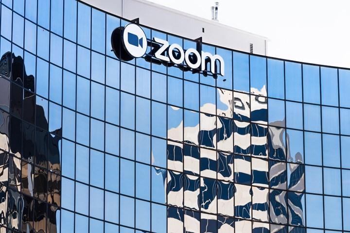 Zoom, gerçek zamanlı çeviri yapan bir yapay zekâ şirketi satın aldı