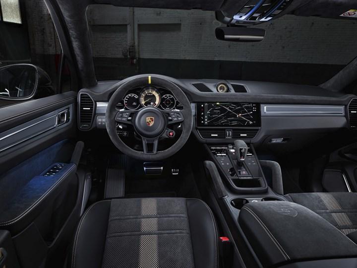 cayenne turbo gt iç tasarım