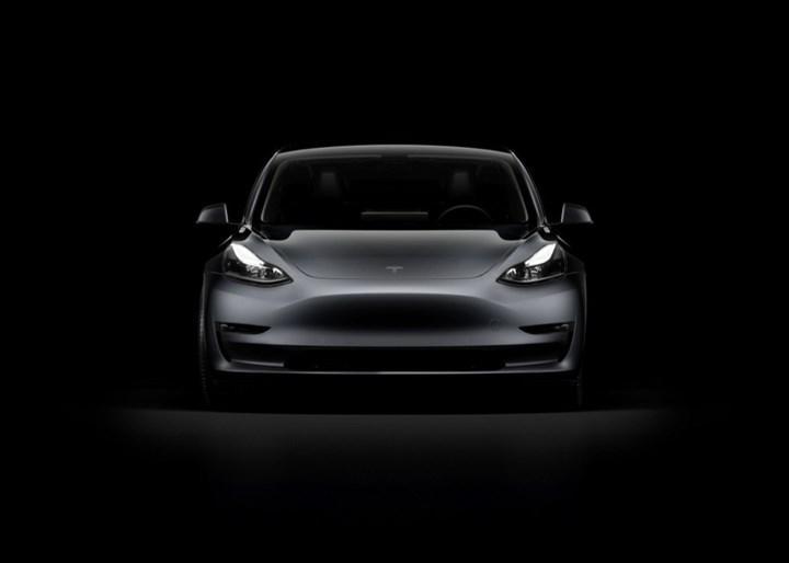 Tesla, bir çeyrekte 200 binden araç teslim ederek rekor kırdı