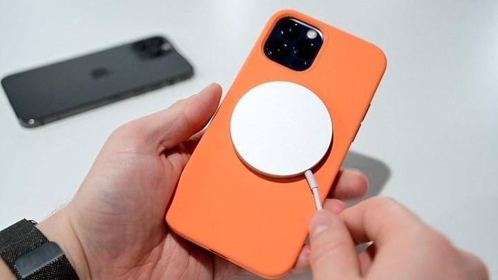 iPhone 13, ters kablosuz şarj desteğiyle gelebilir
