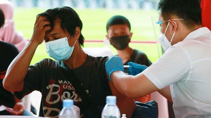 Endonezya'da oksijen tüpü yetiştirilemedi