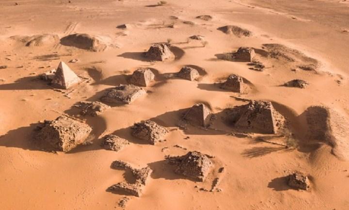 İslam mezarlıkları galaksiler gibi şekillenmiş