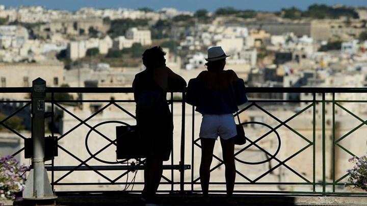 Malta, aşı olmayanları ülkeye kabul etmeme kararı aldı