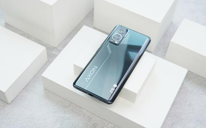 Ekran altı kameralı ZTE Axon 30 5G ortaya çıktı