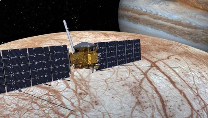 Nasa, Jüpiter görevinde SpaceX'in roketini kullanacak