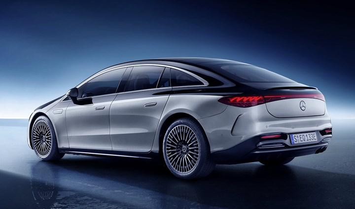 Mercedes EQS'in bu özelliği için yıllık ücret ödemek gerekiyor