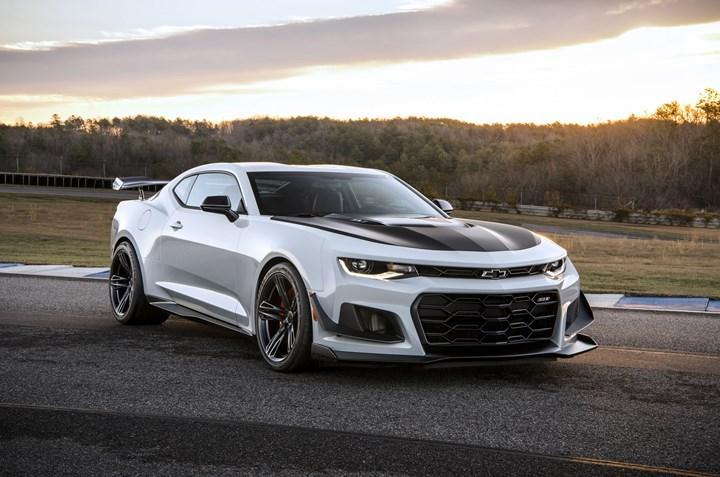 Chevrolet Camaro, yerini elektrikli bir sedana bırakabilir