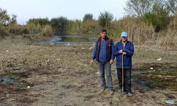 Eber Gölü neredeyse tamamen kurudu