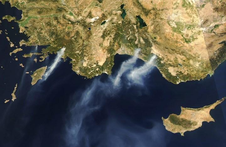 NASA, Türkiye'deki yangınların uydu görüntülerini yayınladı