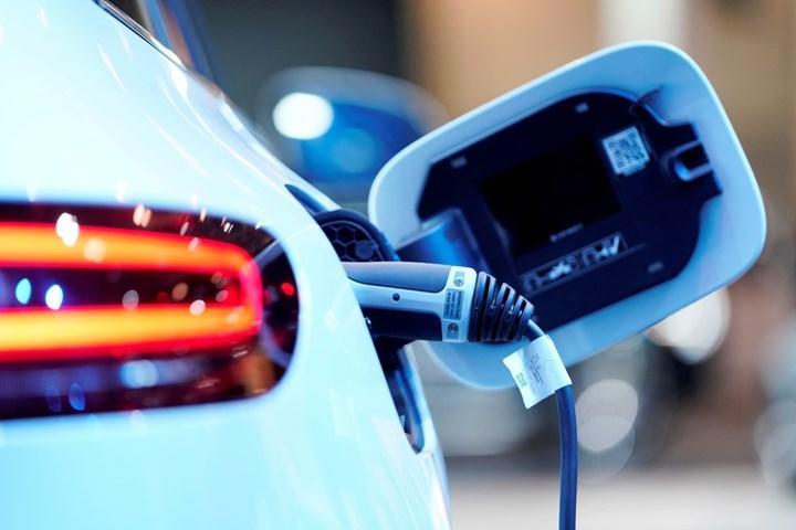 Rusya, elektrikli araçlara teşvik uygulamaya hazırlanıyor