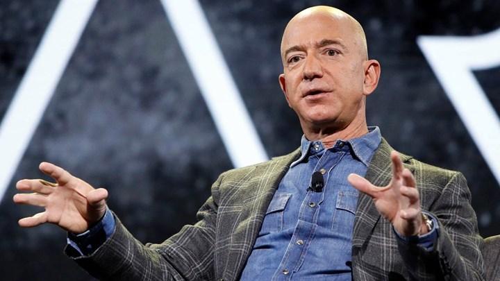 Jeff Bezos, dünyanın en zengin insanı unvanını kaybetti