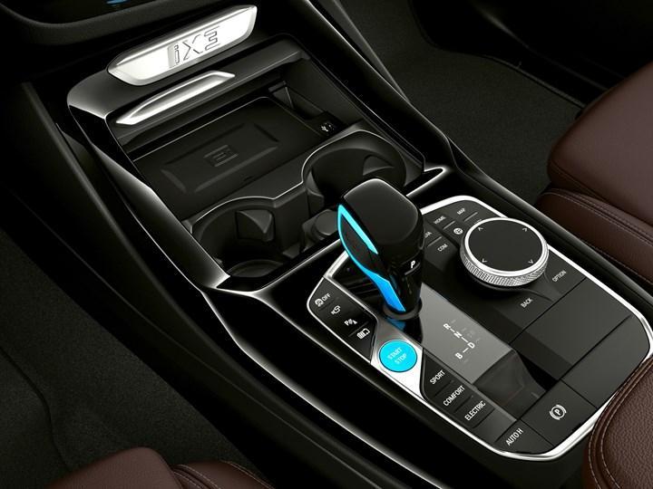 Makyajlı 2022 BMW iX3 tanıtıldı: İşte tasarımı ve özellikleri