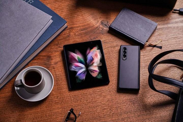 Samsung Galaxy Z Fold 3 tanıtıldı: İşte özellikleri ve fiyatı