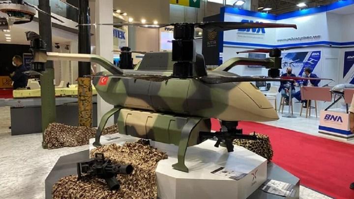 Dasal, çok maksatlı İHA modeli Albatros'u IDEF 2021'de sergiledi