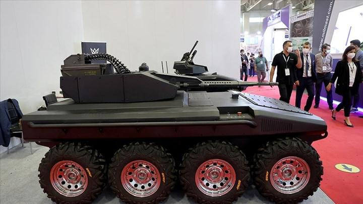 Elektrikli insansız kara aracı Alkar R8 IDEF'21'de görücüye çıktı
