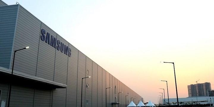 Samsung, Intel'i geçerek yarı iletken sektöründe birinci oldu