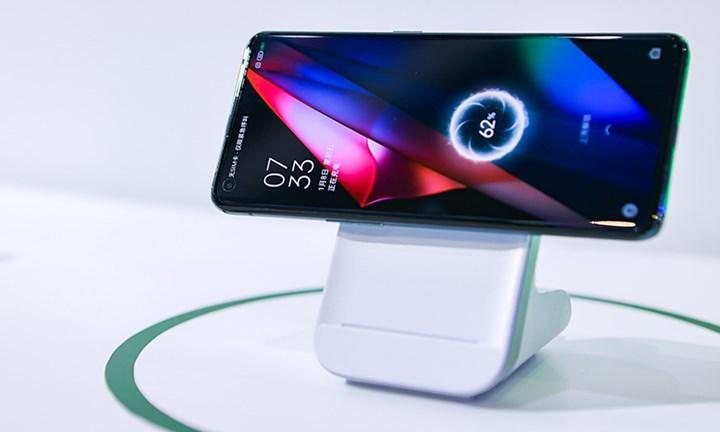 Oppo, yeni MagVOOC şarj cihazını ve powerbank'ini duyurdu