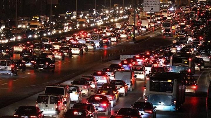 Trafikteki taşıt sayısı 7 ayda 700 binden fazla arttı
