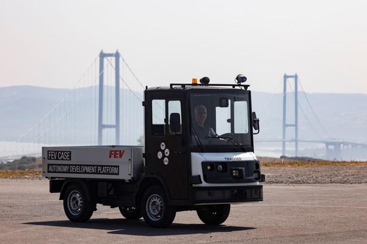 Otonom ve elektrikli yerli araç: Tragger