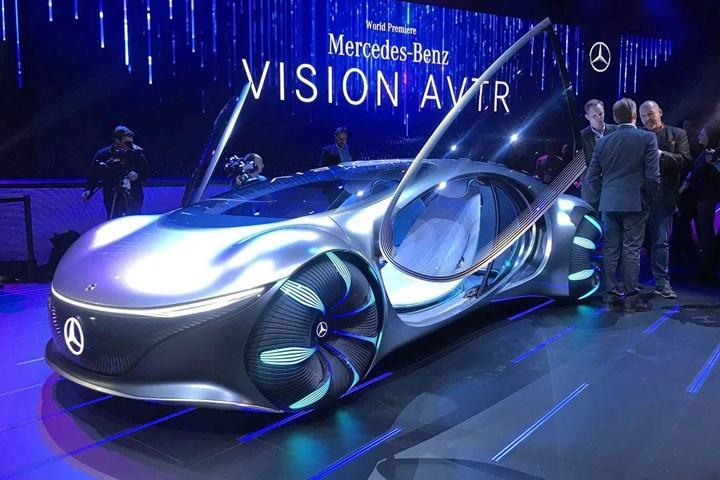 Mercedes, Vision AVTR konsept aracında zihin kontrolünü tanıttı