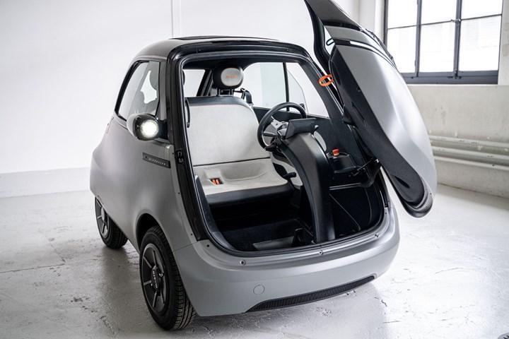Küçük elektrikli araç Microlino, Münih'te sahneye çıktı