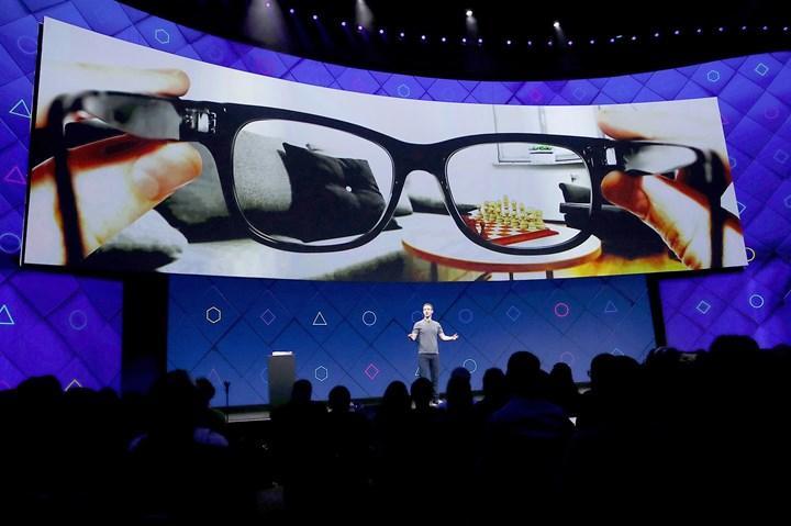 Facebook ve Ray-Ban, 9 Eylül'de akıllı gözlüklerini tanıtacak