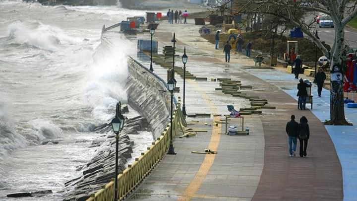 İBB, muhtemel tsunami için tabelalar koyuyor