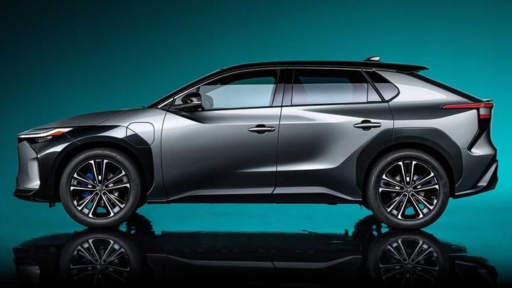 Toyota, elektrikli otomobillere 13.6 milyar dolarlık yatırım