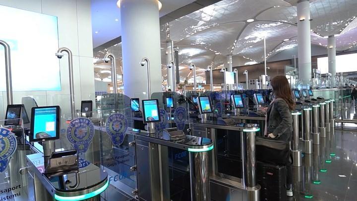 İstanbul Havalimanı'nda pasaport işlemleri saniyeler sürüyor