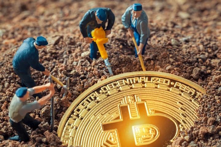 Bitcoin'de önemli bir kilometre taşı daha geride kaldı