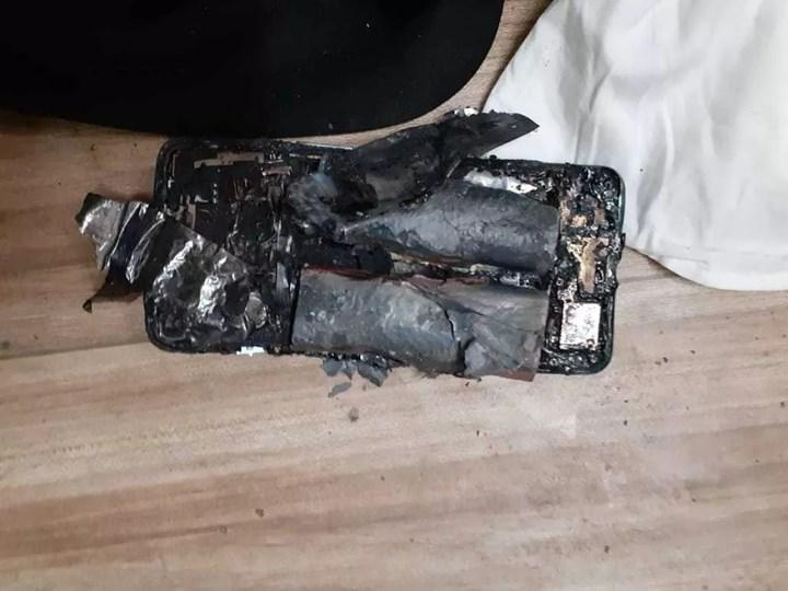 OnePlus Nord 5G bir avukatın cebinde patladı
