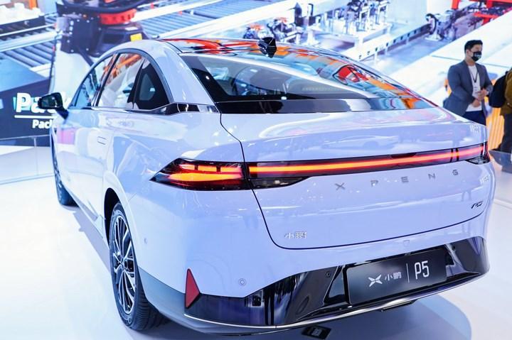 Tesla'nın Çinli rakibi yeni modelini sahaya sürdü: Xpeng P5