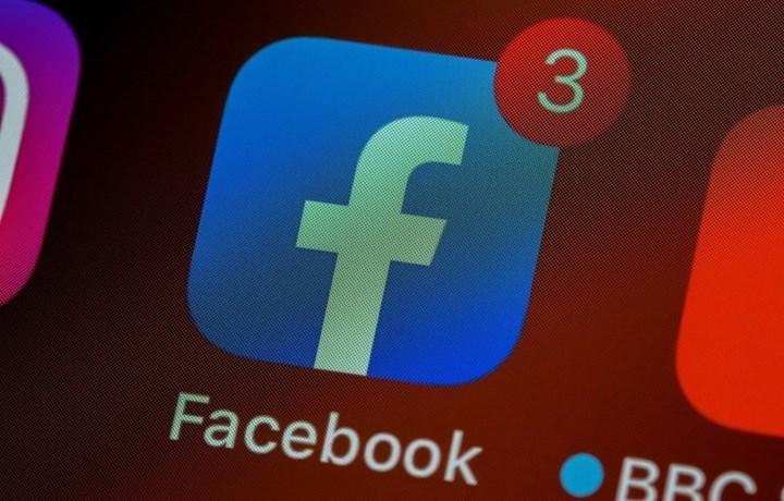 Apple, Facebook'u 2019'da App Store'dan kaldırmakla tehdit etti